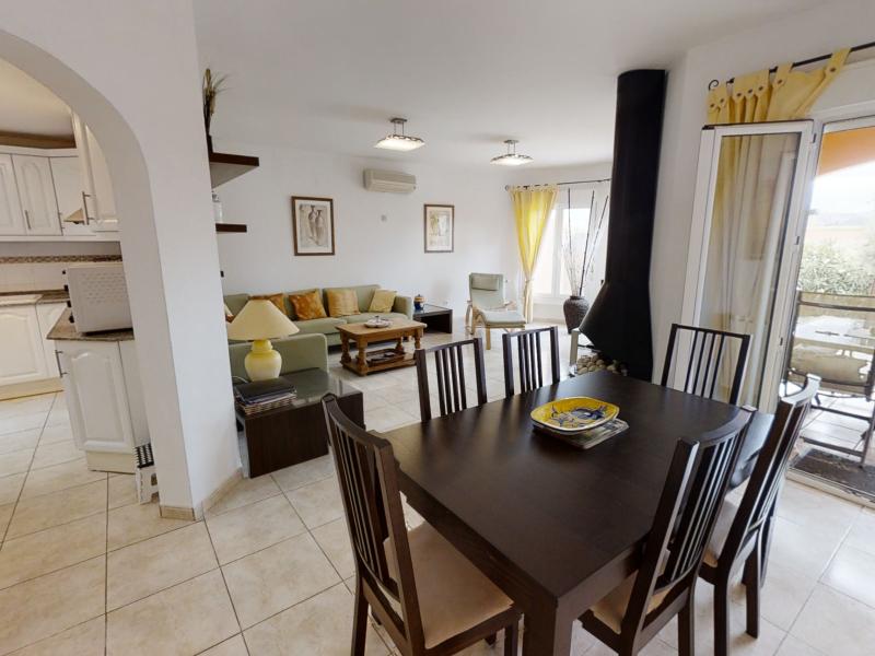 Bonita casa adosada en venta en Residencial Gata