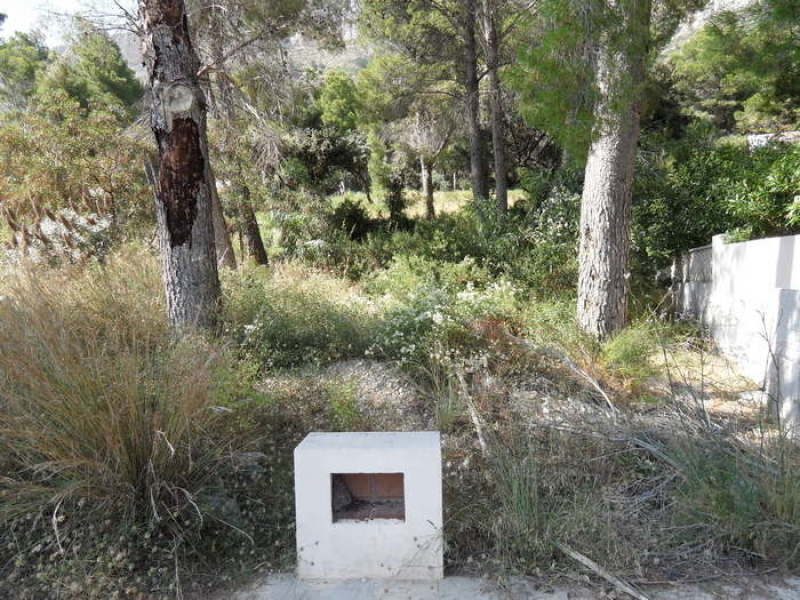 Una de las tres parcelas disponibles en Montgo