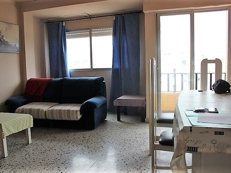 Amplio apartamento de 3 dormitorios en venta en Gata de Gorgos Costa Blanca, España