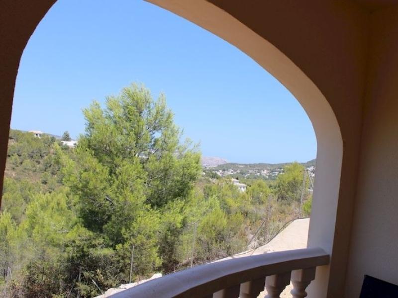 Encantadora villa moderna con excelentes vistas